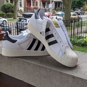 Mens Adidas Superstar Laceless Shoes